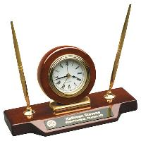 clock-desk clock on base
