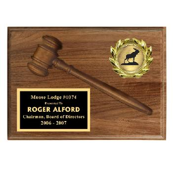 plaque-walnut gavel